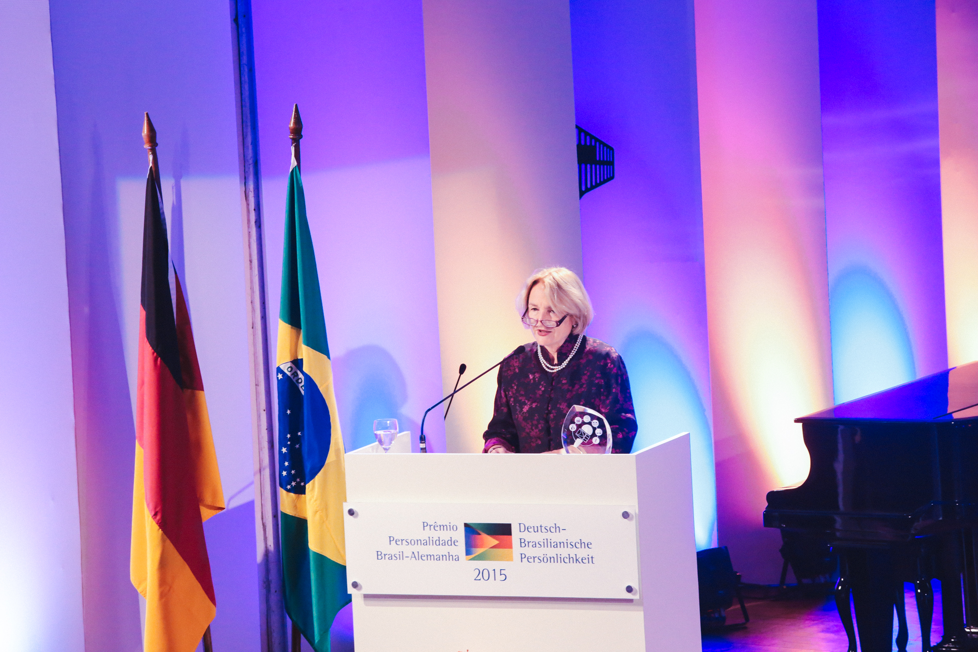 http://www.rio-cologne.de/wp-content/uploads/2016/09/Dt_brasil_Journalistenpreis2015_1.jpg