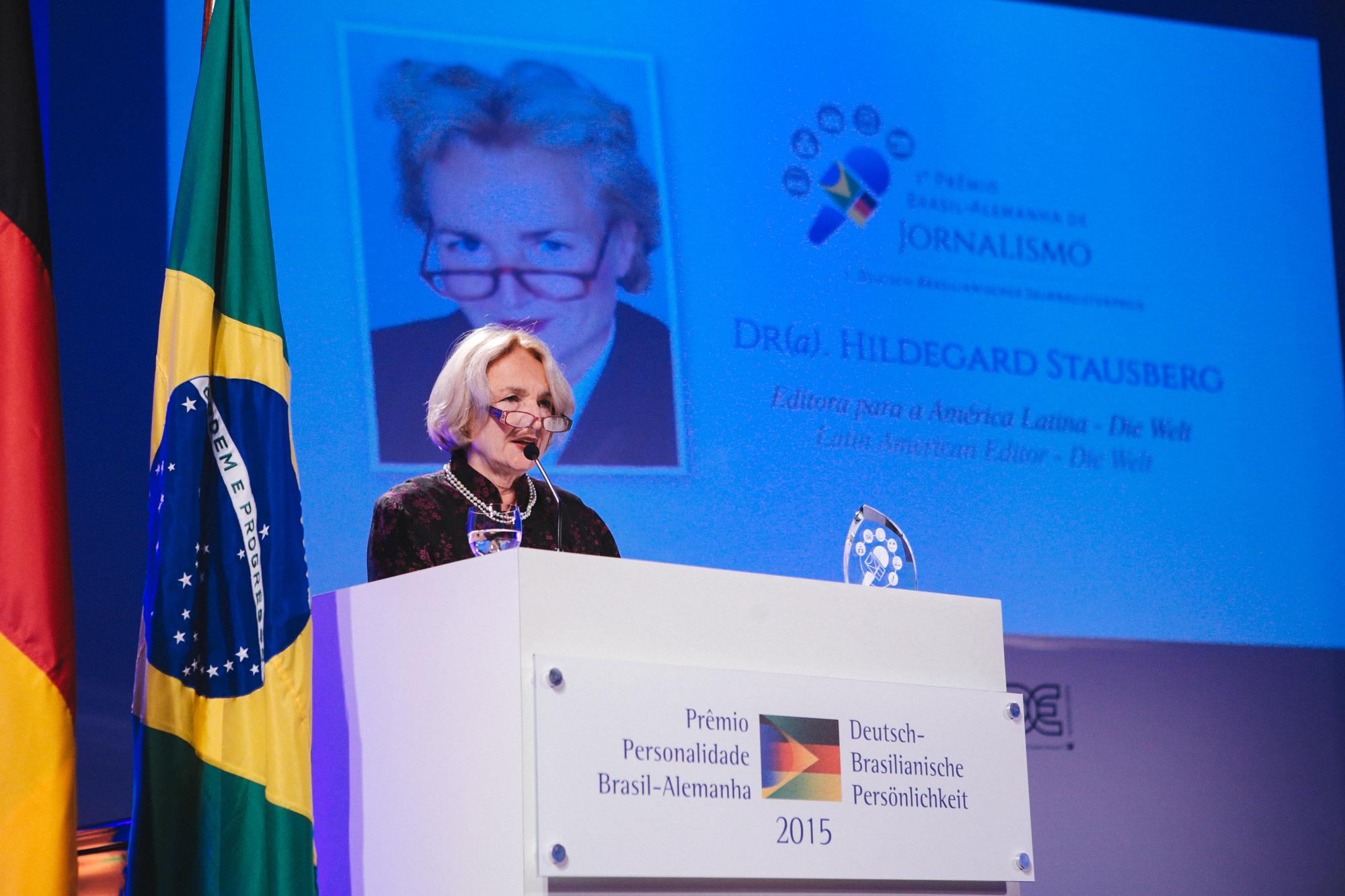 http://www.rio-cologne.de/wp-content/uploads/2016/09/Dt_brasil_Journalistenpreis2015_10.jpg