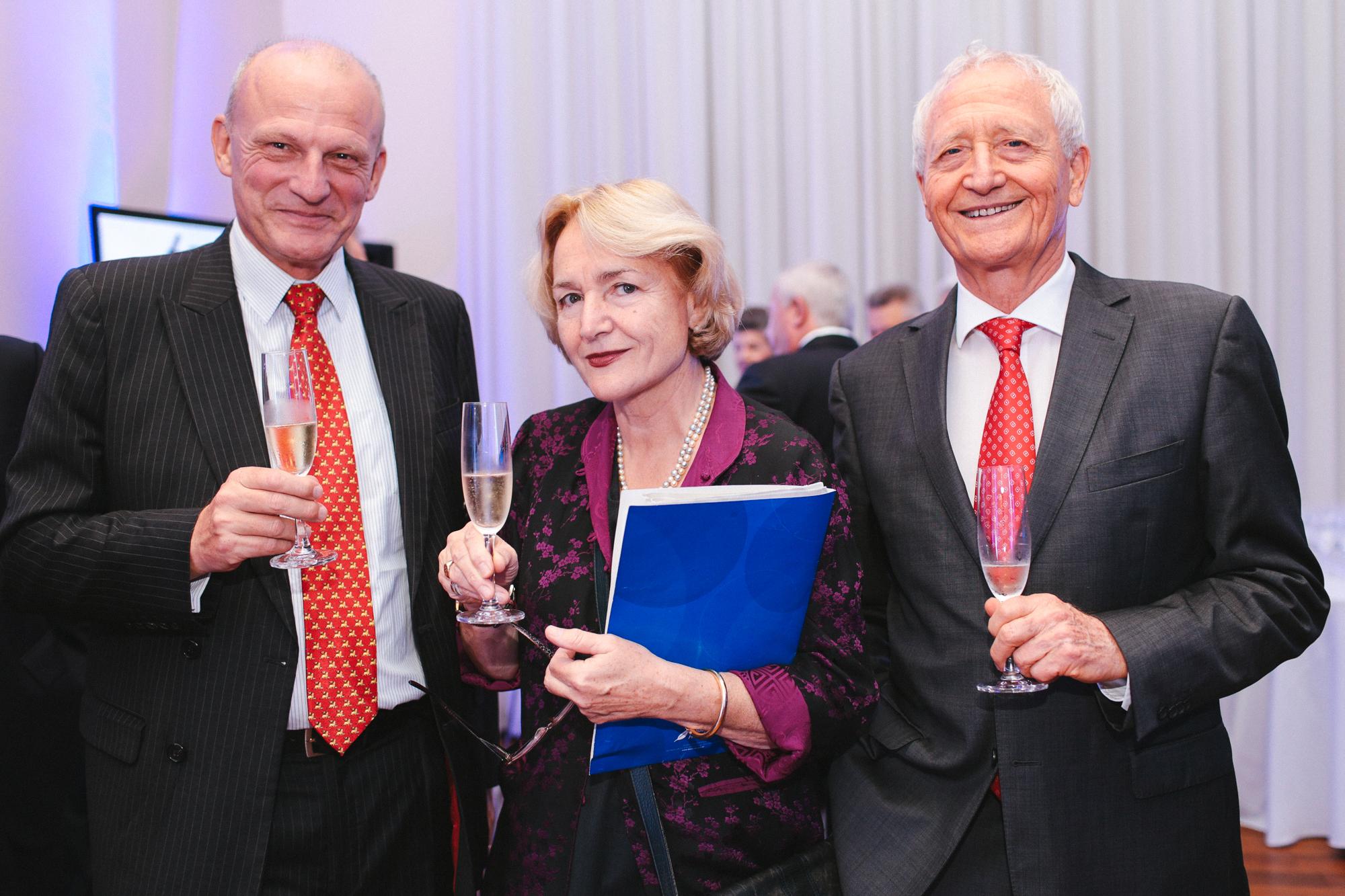 http://www.rio-cologne.de/wp-content/uploads/2016/09/Dt_brasil_Journalistenpreis2015_5.jpg