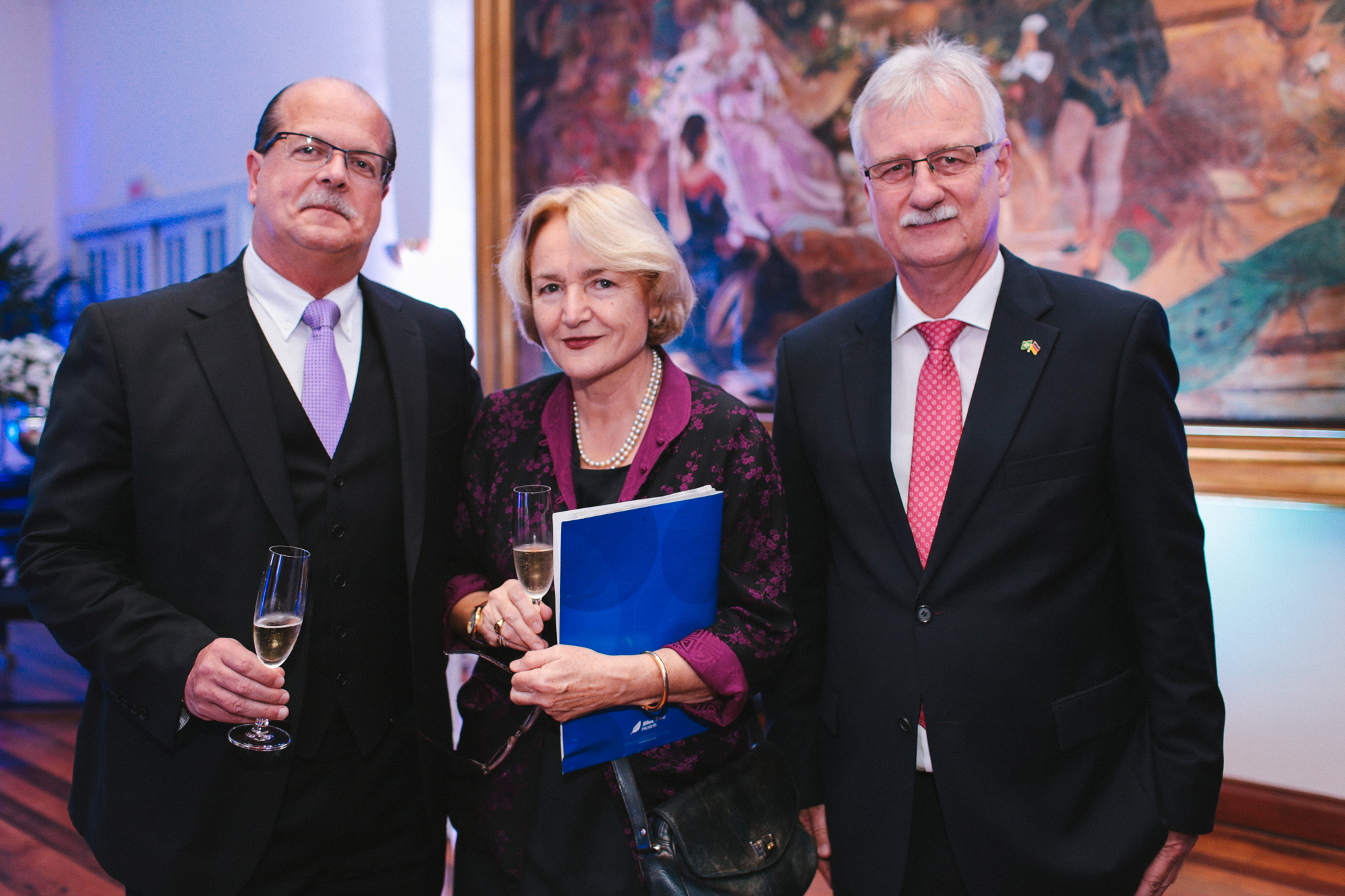 http://www.rio-cologne.de/wp-content/uploads/2016/09/Dt_brasil_Journalistenpreis2015_6.jpg